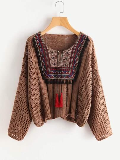 Maglione con ricamo