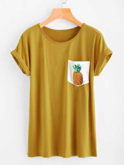 Camiseta con estampado de piña en contraste con bocamanga enrollada
