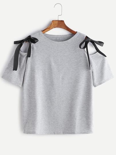Camiseta de marga de hombro descubierto con detalle de lazo