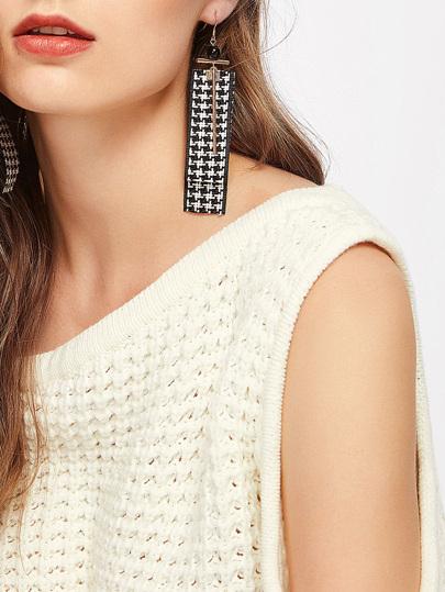Grid Ribbon & Bar Design Drop Earrings