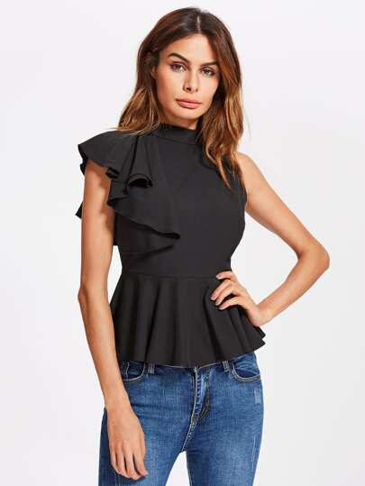 Модная блуза с оборкой