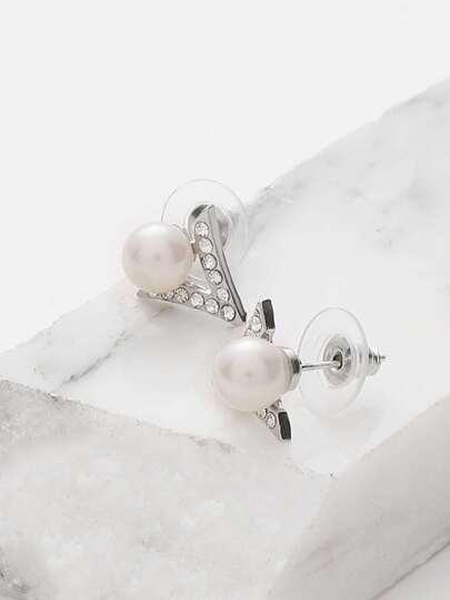 Faux Pearl Detail Geometric Stud Earrings