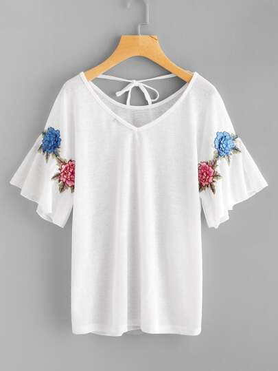 Camiseta con parche de 3D flor con cordones en la espalda