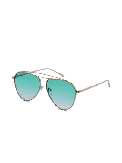 Gafas de sol de aviador con lente sombreado con barra en el superior