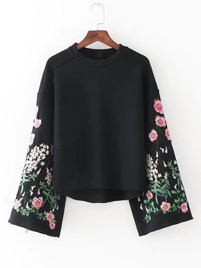Sweat-shirt manche cloche brodé des fleurs