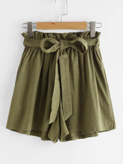 Shorts mit Tunnelzug und Falten