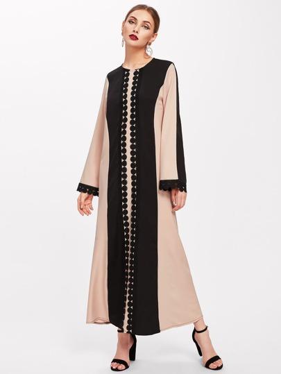 Abaya tejida de largo hasta los pies de encaje en contraste