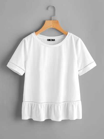 Camiseta con encaje insertado con bajo de volante
