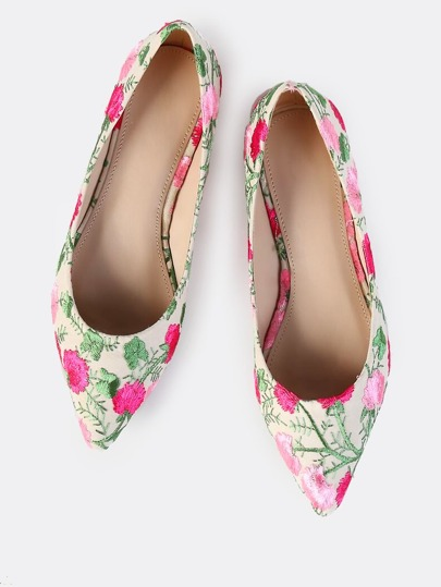 Floral Stitched Embroiderey Flats NUDE