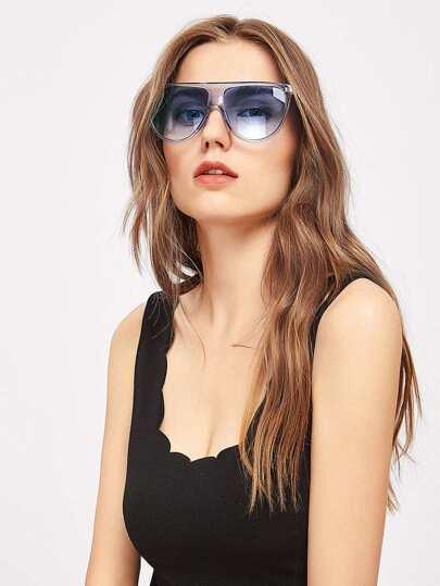 Gafas de sol oversized con el superior plano
