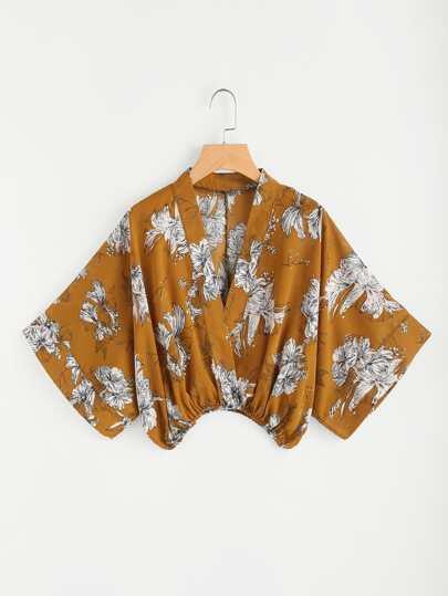 Blusa cruzada con estampado floral al azar