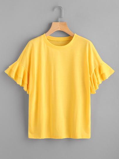 Camiseta con manga de volante escalonado