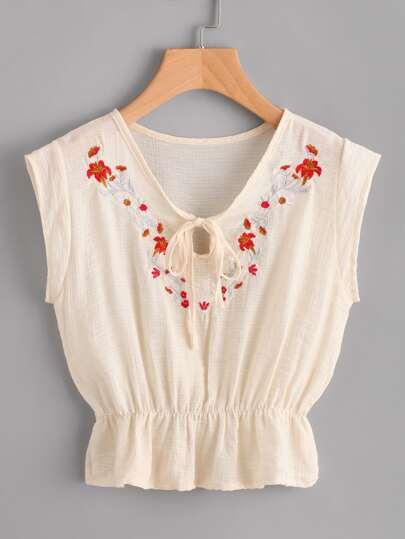 Flounce Hem Embroidery Blouse