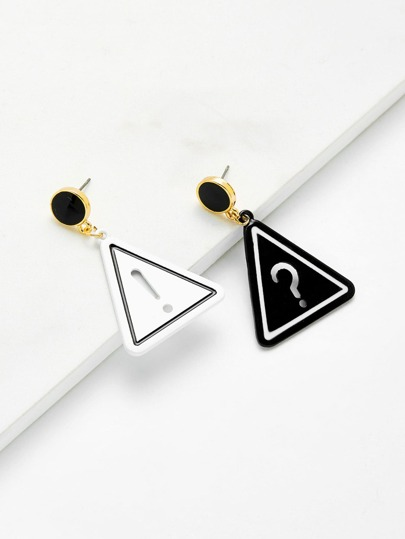 Boucles d\'oreille triangle design de ponctuation creuse