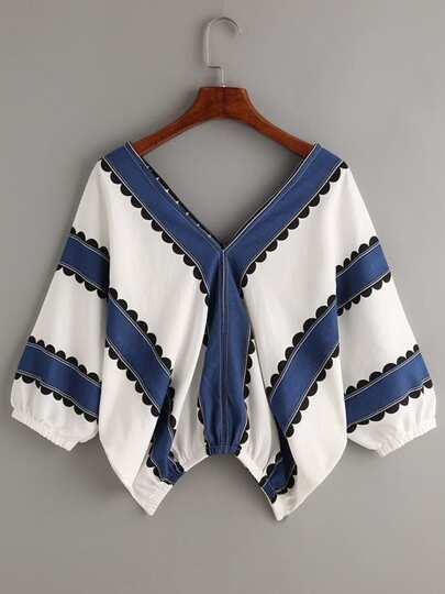 Blusa escote V doble en contraste