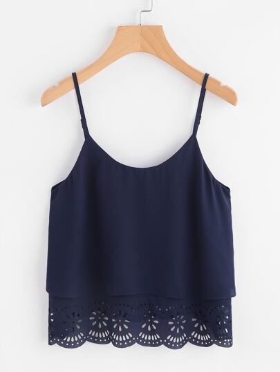 Top camisole con fondo smerlato e cut-out laser