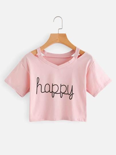 Camiseta corta con abertura en el cuello con letras