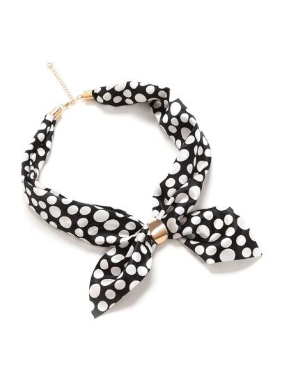 Модный атласный шарф в горошек