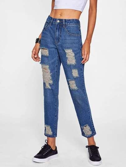 Jeans in Mid Waschung mit Rissen