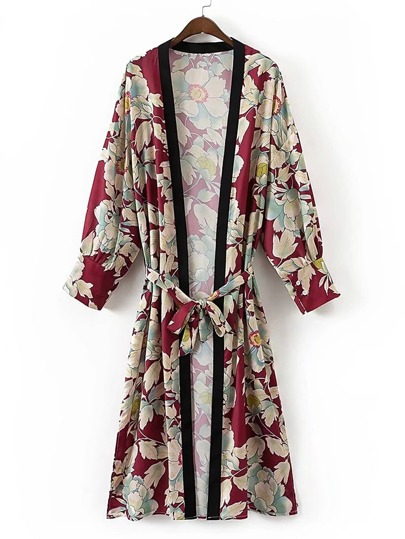 Kimono imprimé fleuri avec un lacet