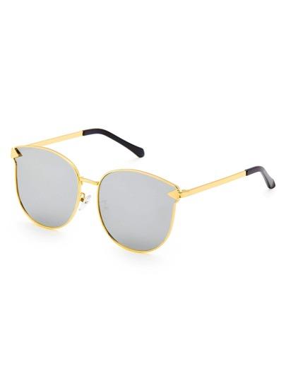 Gafas de sol con montura metálica y lentes planos