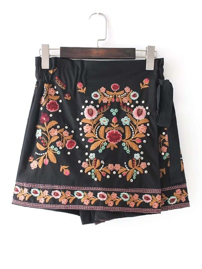 Flower Embroidery Studded Detail Shorts