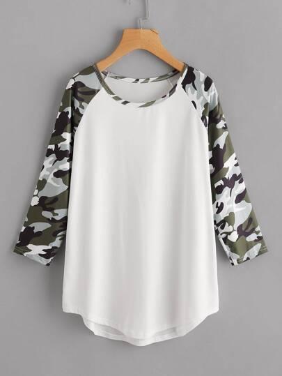 Tee-shirt manche raglan de camouflage contrasté