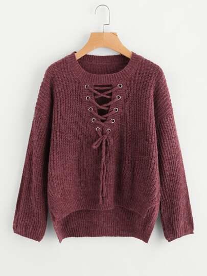 Suéter con ojal con cordón