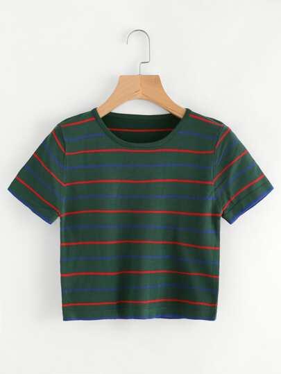 Camiseta con rayas en contraste