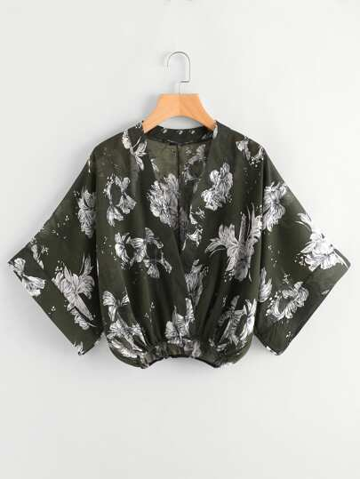 Blusa cruzado con estampado floral al azar