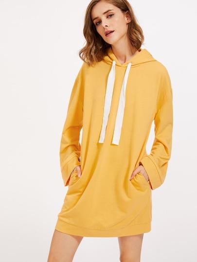 Vestido de capucha con manga ancha