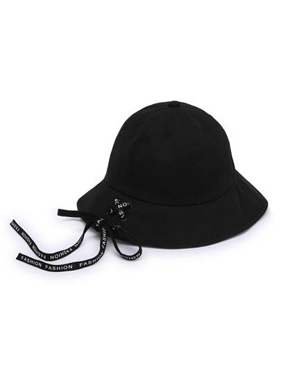 Chapeau de seau à lacets