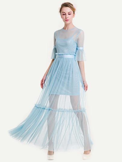 Kleid mit Falten, Netzstoff und Camisole