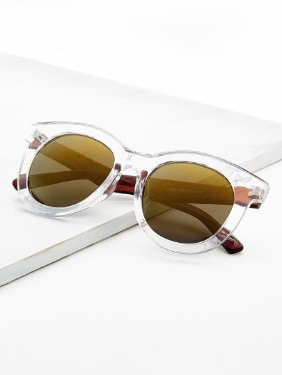 Gafas de sol con montura transparente y lente plano