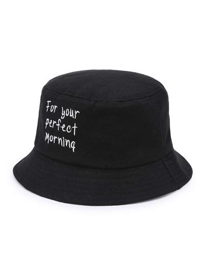 Sombrero con bordado de slogan