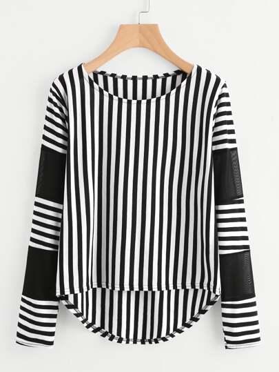 T-Shirt mit Streifen, Netzstoff und abfallendem Saum