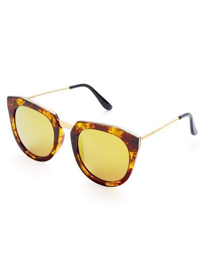 Gafas de sol con ojo de gato con montura gruesa