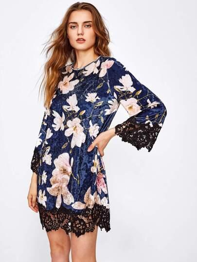Vestido floral de terciopelo con ribete de encaje en contraste