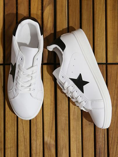 Star Accent Lace Up Sneakers WHITE BLACK