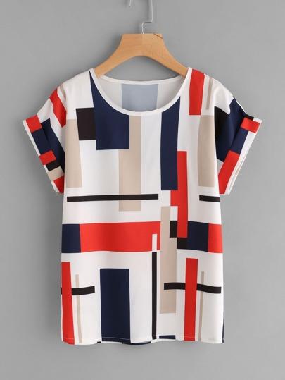Tee-shirt imprimé géométrique avec des replis