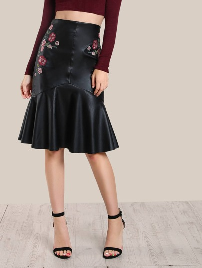 Floral Embroidered Faux Leather Skirt BLACK