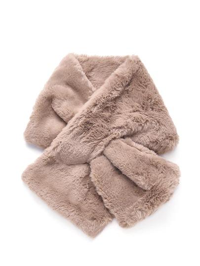 Bufanda con piel sintética