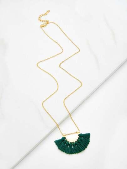 Collier de chaîne avec pendentif de frange