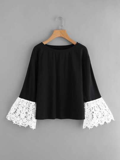 Contrast Guipure Lace Bell Cuff Tee