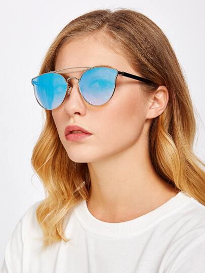 Gafas de sol con puente doble y lentes teñidos
