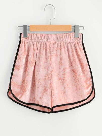 Pantaloncini con velluto elastico in velluto a contrasto