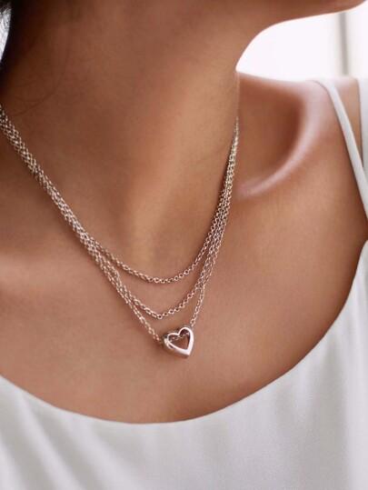 Collier de chaîne à étages avec pendentif du cœur
