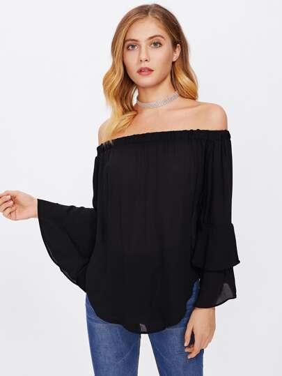 Schulterfreie Bluse mit mehrlagigem schößchem Saum auf den Ärmeln