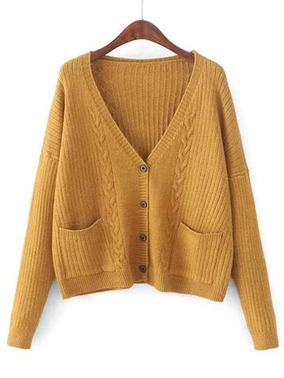 Cardigan en tricot à câble avec des boutons