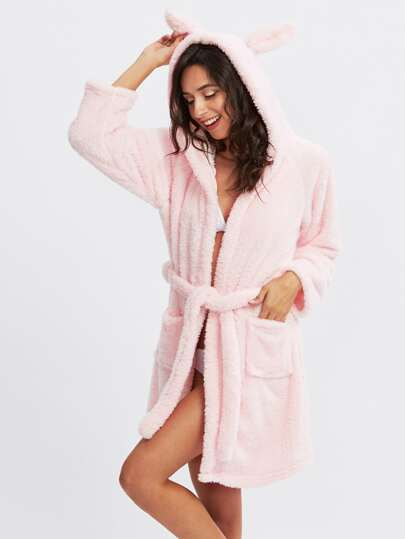 Robe avec lacet de taille encapuchonné